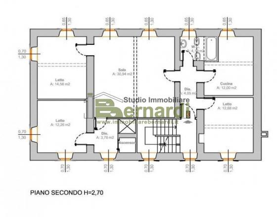 AB370 - Ampio palazzo storico