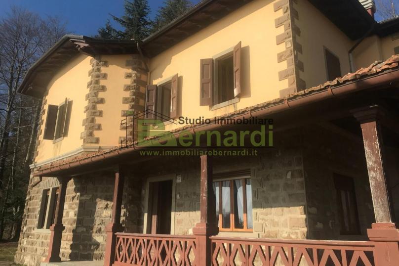 VI439 - Villa storica a Lama Mocogno