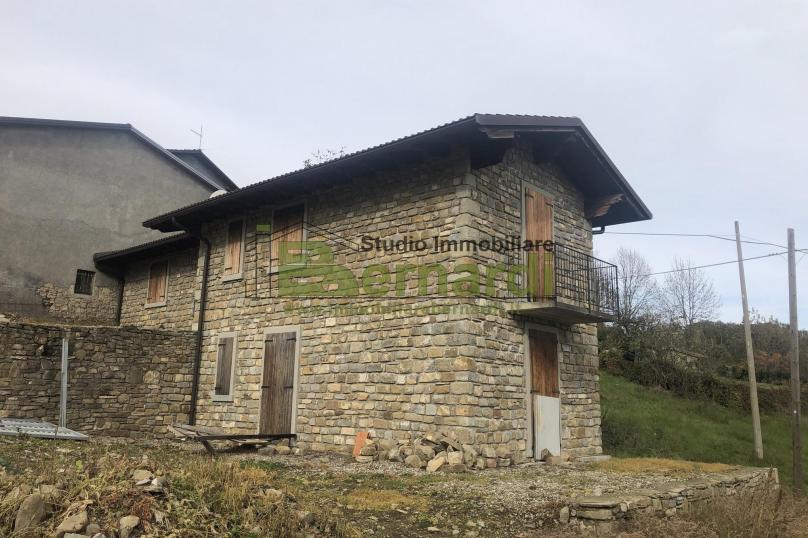 AB462 - Abitazione con giardino a Trentino