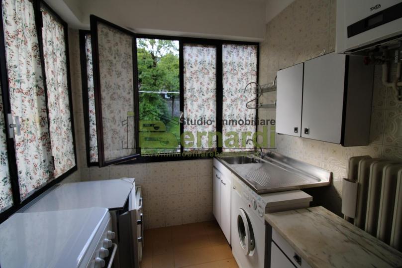 AP382 -  Abitazione con 3 appartamenti