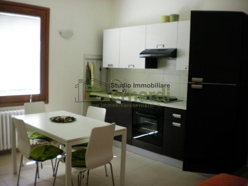 AP530P - Appartamento con giardino