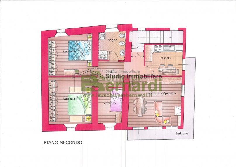 AB456 - Abitazione con 2 appartamenti