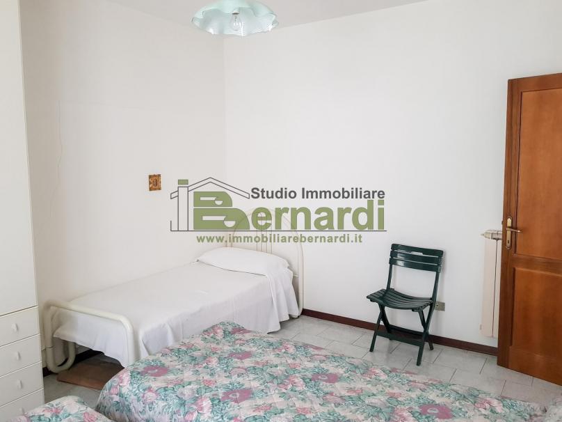 AP522 - Appartamento con balconi