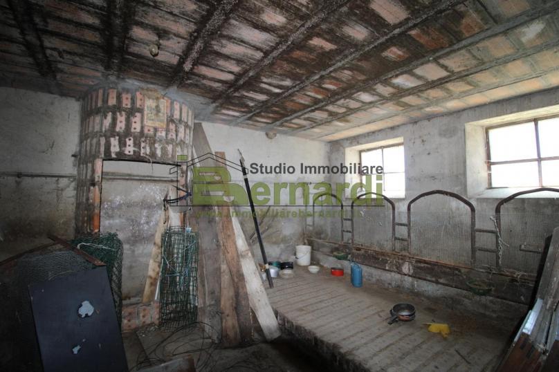 RU495 - Abitazione indipendente con terreno