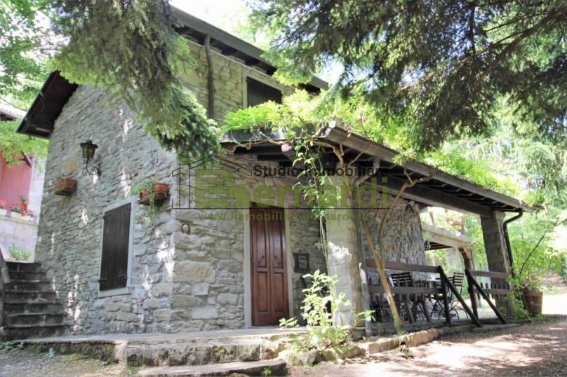 AF232 - Abitazione indipendente con giardino