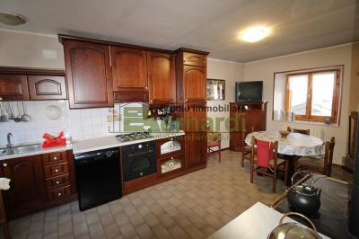 AP515 - Appartamento a Fellicarolo